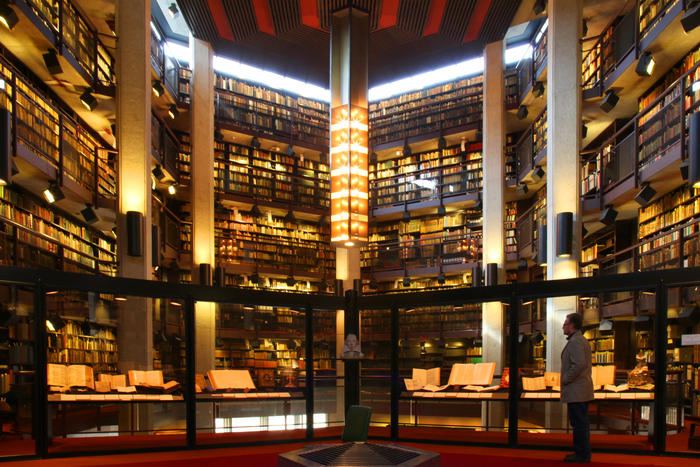Thomas Fisher Rare Book Library - Canada