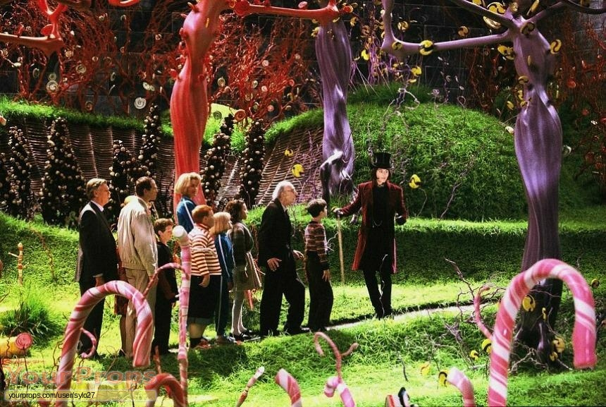 film-liburan---Charlie-and-the-Chocolate-Factory-Chocolate-Room-Lolli-Plant-and-Tree-Lollipop-4