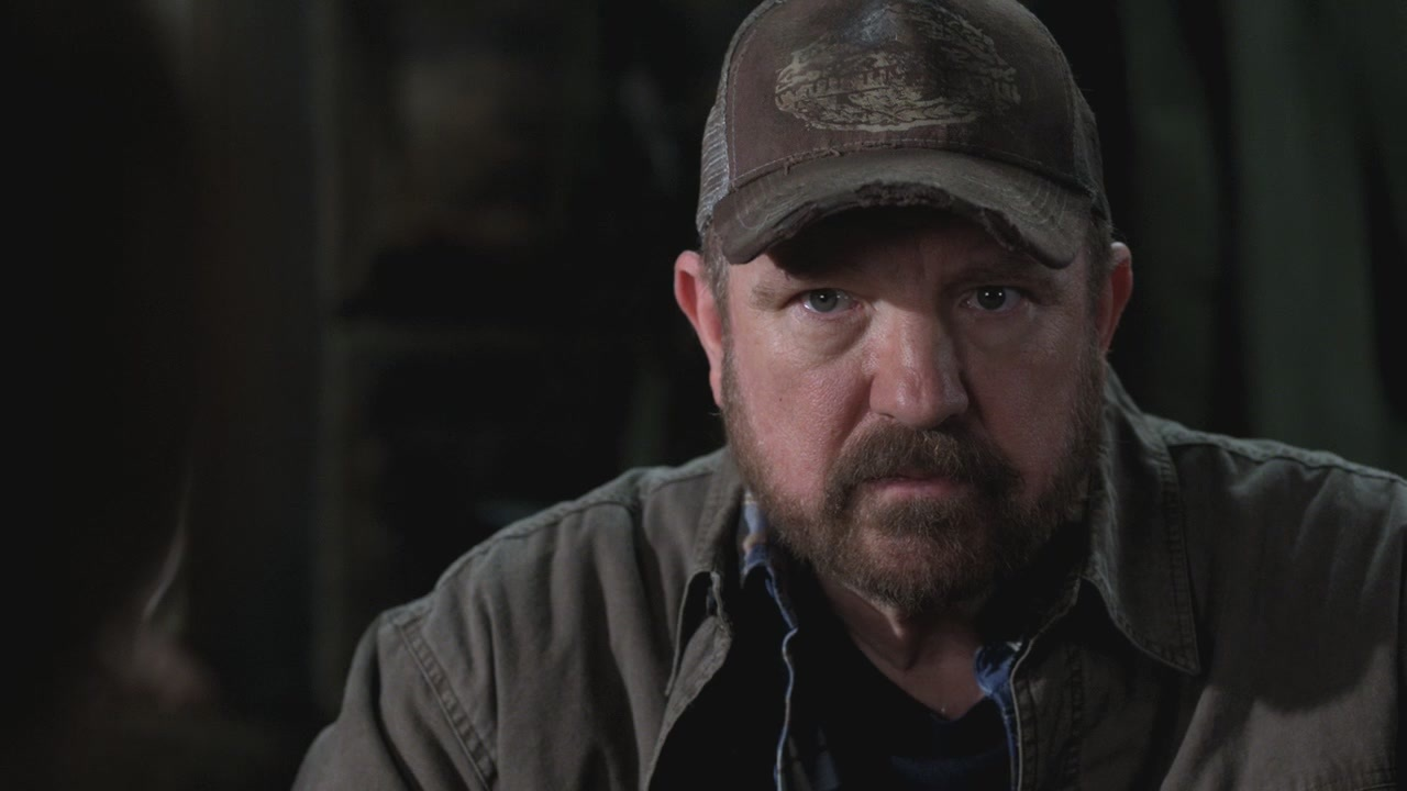 Bobby-Singer-7x03-The-Girl-Next-Door-bobby-singer-26437607-1280-720