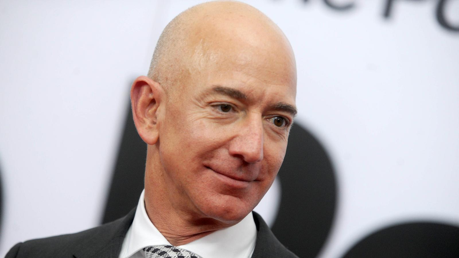 Jeff-Bezos-Inventory