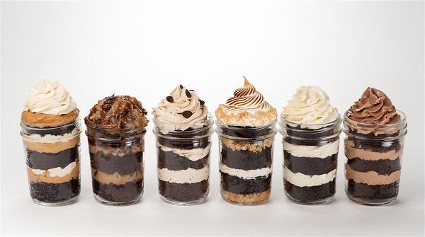 cakes-in-jar