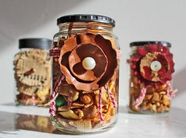 snack-in-jar