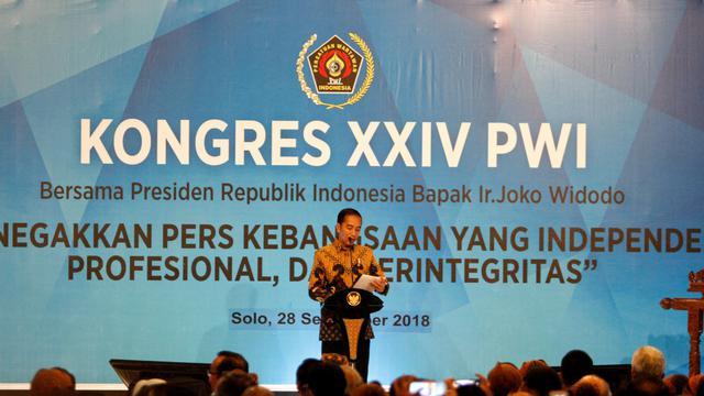 073381800_1538137565-Jokowi_buka_kongres_pwi